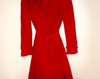 Vintage Flora Kung Disegni Paisley Print Red Silk Long Sleeve Midi Dress with Ruffle Collar - Size 4