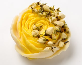 Lemon and jasmine Rose