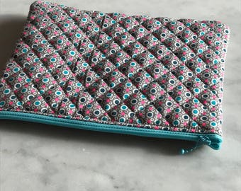 Flat clutch in quilted fabric small pan