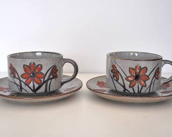 Pair of vintage Otagiri Stoneware soup mugs with matching saucers / bread plates