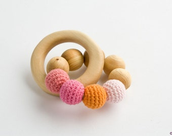 Rose&Peach Teething Wood Ring - Wood Rattle Toy, New Baby Gift, Baby Shower Gift, Newborn, Baby Girl - TR08