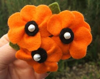Orange Poppy Flower Brooch, California Poppy Pin, Three Poppies Pin in Tangerine Felt, Flower Jewelry, 8cm Brooch Made to Order