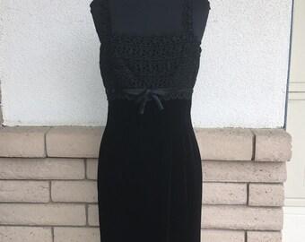Vintage Black Velvet Dress, 60s Lace Party Dress, Velvet Evening Wear by Carol Craig Size XS-S