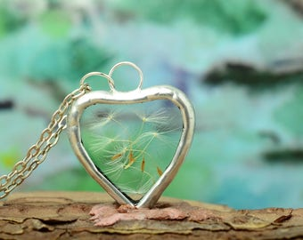 heart dandelion necklace, terrarium jewelry, dandelion seeds pendant, eco friendly gift, nature jewelry, boho chic necklace, gift sister