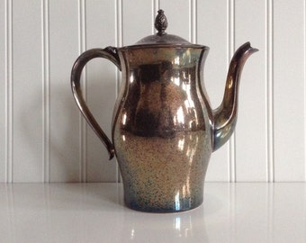 Silverplate Wm Rogers Paul Revere Reproduction 33 Teapot Coffee Pot Tarnished Pineapple Top