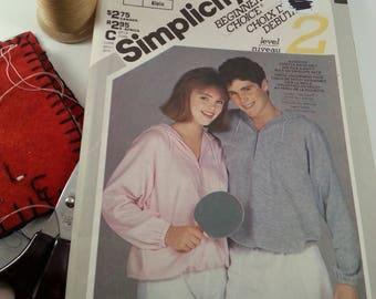 Miss and Mens Hooded Pullover Sweatshirt Pattern Simplicity 6279 Casual Wear Sportswear
