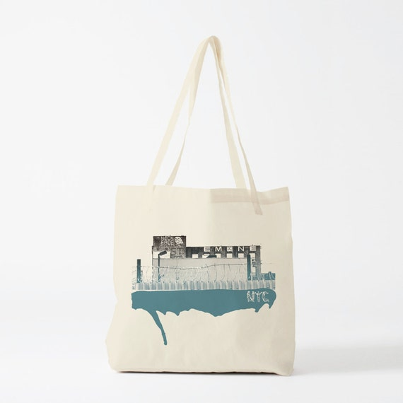 New York's Walls tote bag, graphic canvas bag, gift for husband, gift for boyfriend, novelty gift for coworker, urban art, graffiti bag.