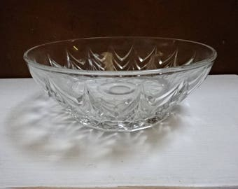 Pressed Glass Serving Bowl/Desserts/Fruits/Vintage