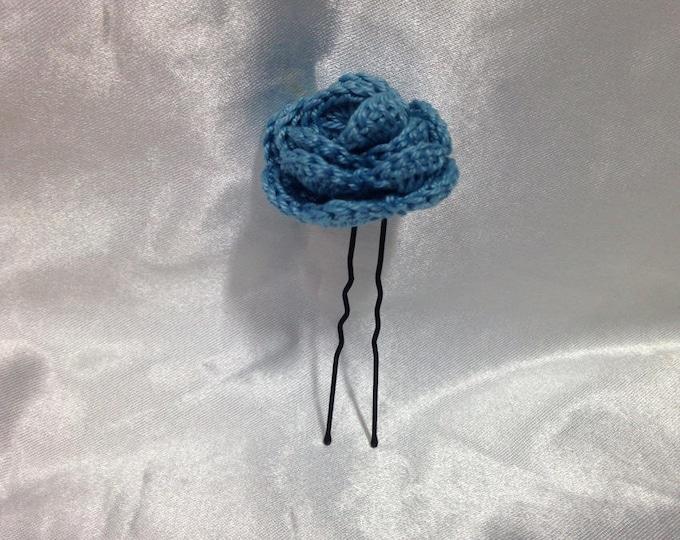 This hair stick / bun, Blue rose