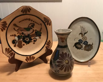 "Vintage Ken Edwards Collection Plates and 8"" Vase From Tonala Mexico"