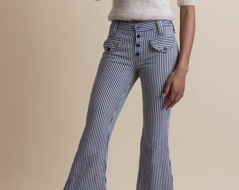 Vintage 70s Railroad Stripe Flared Jeans | 0/2