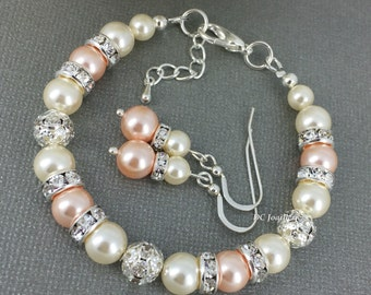Peach Pearl Jewelry Swarovski Bracelet and Earrings Bridesmaid Gift Light Peach and Cream Bracelet Bridal Party Gift Wedding 2018