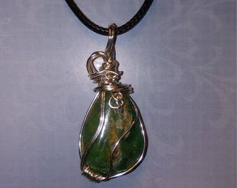 Wire Wrapped Chrysoprase Pendant