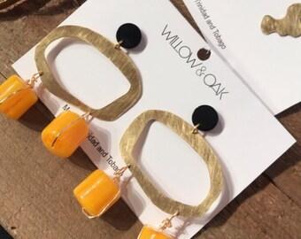 Bold earrings | Statement earrings | bead earrings | Vintage earrings | dangle Earrings | brass earrings | gold earrings