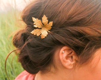 gold maple leaf hair pins maple leaf bobby pin woodland wedding rustic wedding nature hair clip leaf barrette