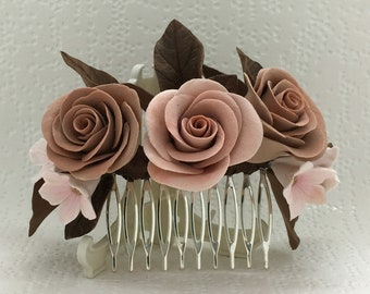 Flower hair comb, wedding accessories, hair jewelry.