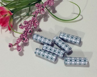 "Hand-rolled 1"" paper tube beads - Green/White Loops 1 - set of 6"