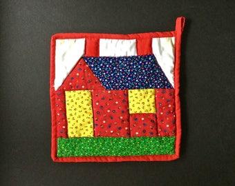 Vintage Pot Holder, Appalachian Pot Holder, Mountain Artisans, Kitchen Textiles, Cabin Creek Quilts, W. Va. Log Cabin Quilt, Red Potholder