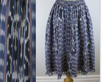 Vintage 70s Ikat Skirt handwoven self fringed from Guatemala