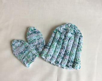 Newborn baby hat and mitt set