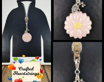 Zipper Pulls ~ Purse Charms ~ Backpack Decorations ~ Handmade ~ Chunky Pink Daisy w/ Charms