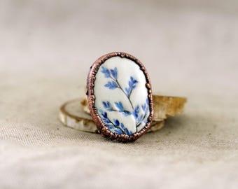 Bluegrass brooch, ceramic oval brooch, clay brooch, clay pin, textured brooch, painted brooch, herb, white brooch, 416