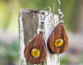 new dimension of wooden jewelry - handmade walnut earrings -  teardrop earrings - yellow earrings - teardrop wood - walnut wooden earrings