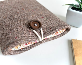 Kindle Cover, Kindle Paperwhite Cover, Kindle Voyage Cover, Kindle Oasis, eReader Cover, Amazon Fire Sleeve - Brown + Floral