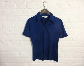 1970s vintage bright navy blue short-sleeve t-shirt with dog ear collar - Small Size - UK 8 EU 36 US 6 - Disco Seventies Mod