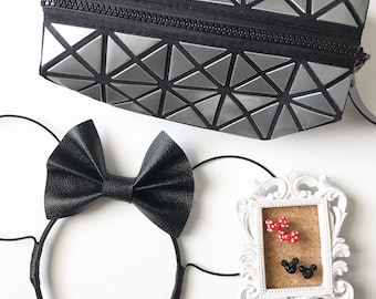 BLACK BIG TEXTURED Leather Bow Wire Ears