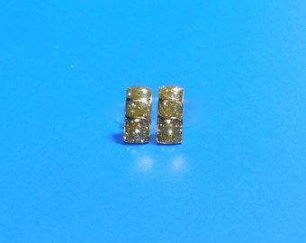 Vintage Gold Glitter Curved Bar Post Earrings