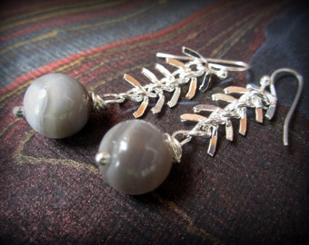 Bright polished silver fishbone chain over 10mm Botswana agate - great go-to earrings for Fall + Winter neutrals. aGiftofLaughter tagt gray