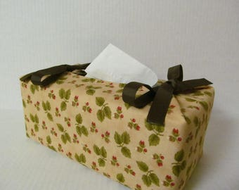 Tissue Box Cover/Strawberry