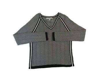 Vintage Tommy Hilfiger Black and White V Neck Sweater