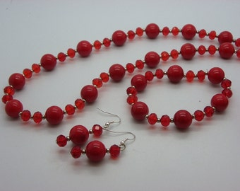 set in red 12 mm jade with red crystal glass beads necklace, bracelet, earrings