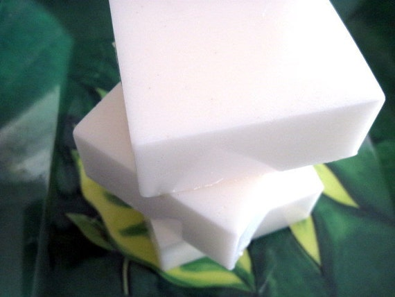 Tea Tree Bar Soap (Handmade, lots of lather, antibacterial, Natural soap, moisturizing, individually packaged and labeled 5 oz net)