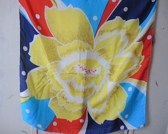 Vintage 1980s silk scarf abstract large flower  29 x 30 inches