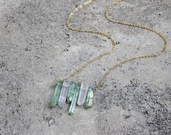 Crystal Quartz Bar Necklace // Raw Quartz // 16K Gold // Gemstone Necklace // Minimal Necklace // Layering Necklace // Geometric Necklace