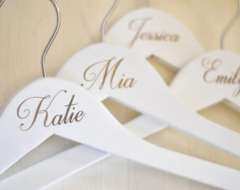 Set of 6 Personalized Bridesmaid Hangers, Wedding Dress Hanger, Engraved Bridesmaid Hanger