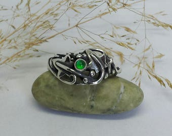 Hand Made Sterling Silver Ivy Leaf Ring set with an Emerald