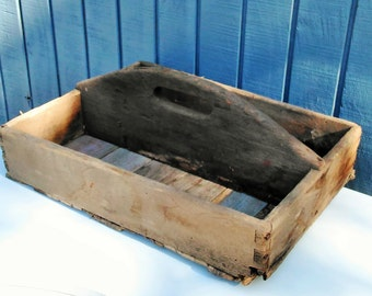 Rustic Wooden Tote - Primitive Wood Tote - Wood Carrier - Wooden Caddy - Cottage - Farmhouse - Fixer Upper