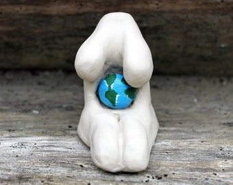 Gaia Earth Goddess, Mother Goddess altar decor, pagan altar statue, pagan Goddess figure, wiccan diety, fertility symbol, pagan sculpture