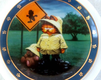 """A day with Garfield collectable plate. """"I got up for this"""" FREE SHIPPING"""