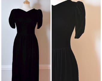 Vintage 80s Dress / Black Velvet Dress / 80s Party Dress / 80s Evening Dress / Lanz Originals Dress / Petite Lanz / Size Small to Medium
