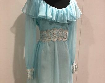 1960s vintage chiffon and lace dress by 'Hazerfelds' Kansas city Bishop sleeve ruffled dress
