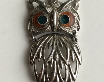 Articulated Vintage 70s Owl pendant