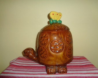 Vintage McCoy Timmy Tortoise Turtle Cookie jar with Butterfly