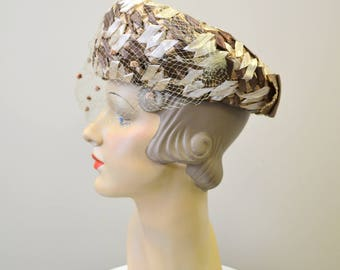 1960s Beige and Brown Straw Hat