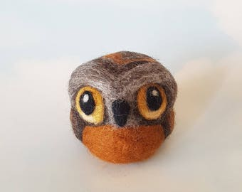 Owl ornament, wool bird sculpture, eco friendly, home decor, office decor, eco friendly gift for bird lover