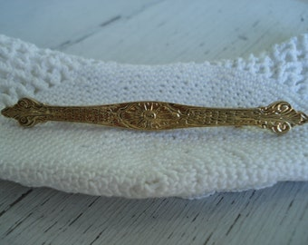 SALE Vintage Victorian Gold Bar Pin Brooch Scrollwork